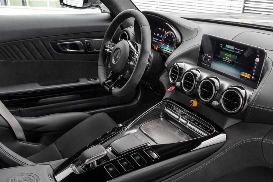 AMG Carbon Interior Trim Set for AMG GT C190 Coupe Facelift including Center console panels (3 pcs.), Door elements (2 pcs.), Rear carbon strut brace (1 pc.) in Seats & Trims.