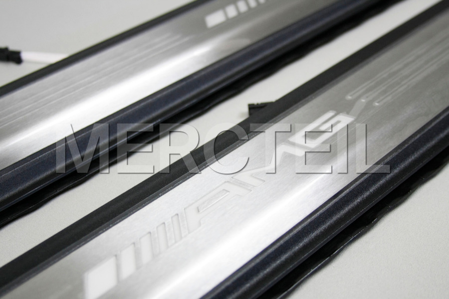 AMG Illuminated Door Sill Panels for SLK R172 including Door Sill Panels (2 pcs.) in Seats & Trims.