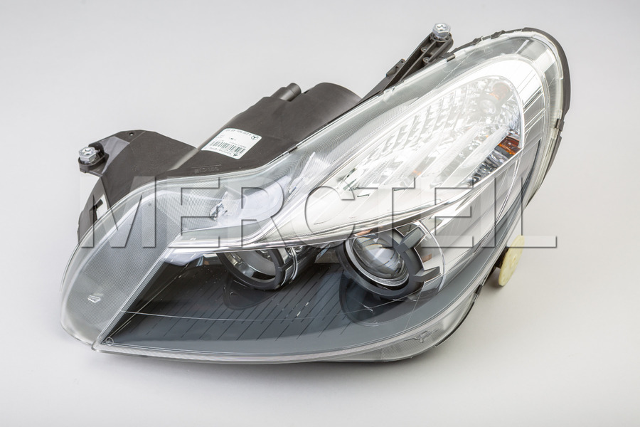 Bi-Xenon Headlights Set for R230 including Lamp Units (2 pcs.) in Lights & Electronics.