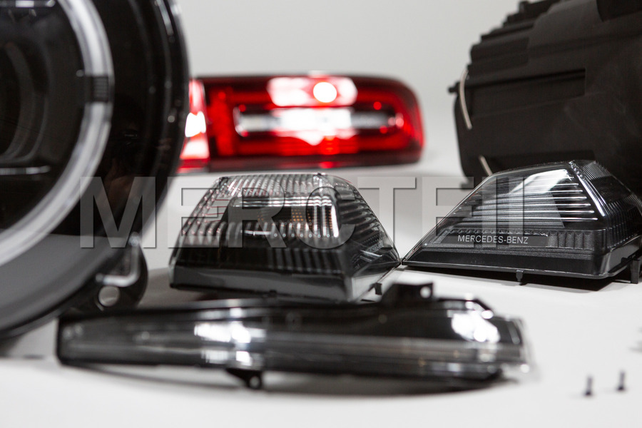 Black Edition Headlights Rearlights Set for G Class W463A including Lamp Units (2 pcs.), Tail Lamps (2 pcs.), Flashilg Lights (4 pcs.) in Lights & Electronics.