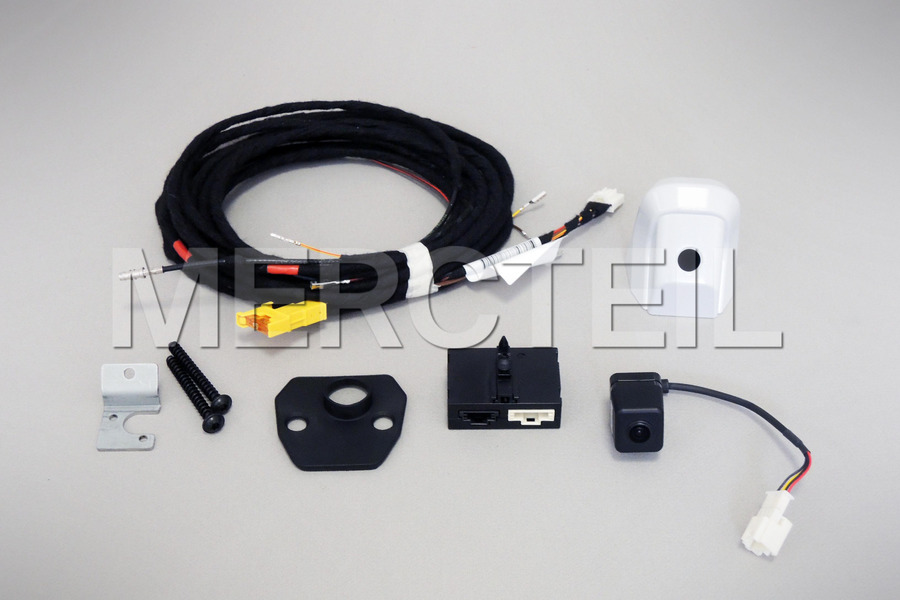Rear View Camera Retrofit Kit for W463 including Rear View Camera (1 pc.), Control Unit (1 pc.), Harness Wiring (1 pc.), Mounting Parts and Screws Kit (1 pc.) in Electronics & Multimedia.
